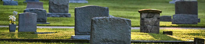 bayer_cemtery_sunny_tombstones